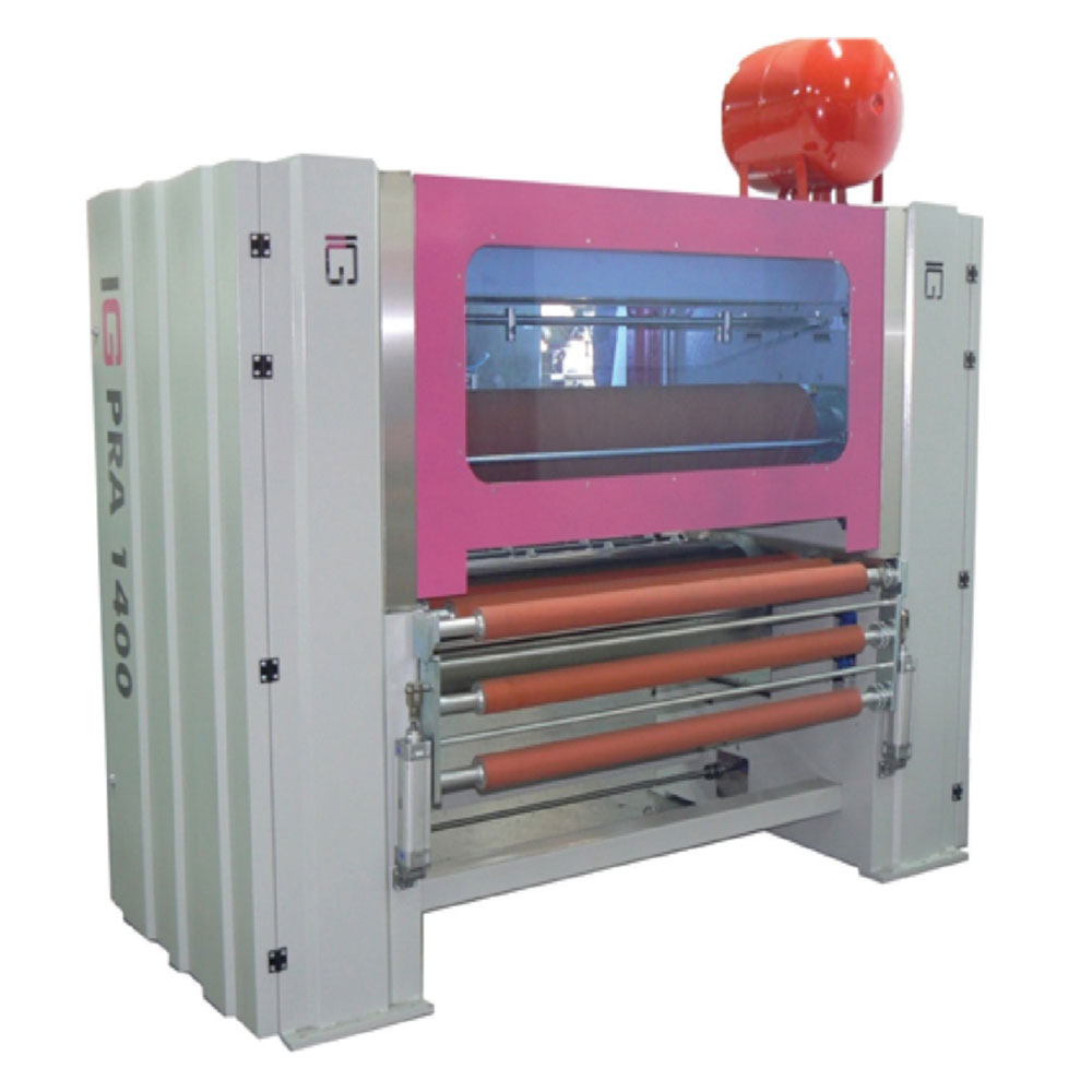 PRA 1400-4 FOUR ROLLER PUR HOT MELT GLUE APPLICATION MACHINE TO THE TOP AND BOTTOM SURFACES OF PANELS